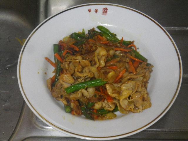 14.10.19恥飯 _ 朝、肉野菜炒め食った。.JPG